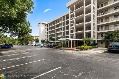 Pompano Beach Condo/Townhouse For Sale: 2850 N Palm Aire Dr #504