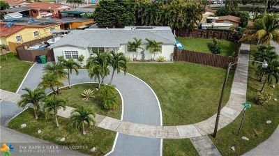 Miami Single Family Home For Sale: 1331 SW 97th Ct