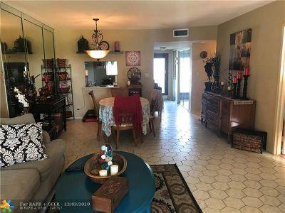 Tamarac Condo/Townhouse For Sale: 8320 Sands Point Blvd #208
