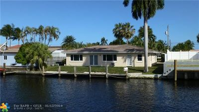 Pompano Beach Single Family Home For Sale: 401 SE 13th Ave