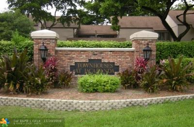 Plantation Condo/Townhouse For Sale: 854 NW 81st Ave #2