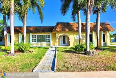 Plantation Single Family Home For Sale: 7401 SW 11th St