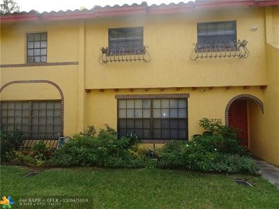Lauderdale Lakes Condo/Townhouse For Sale: 2720 NW 47 Te #1006