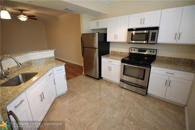 Fort Lauderdale Condo/Townhouse For Sale: 533 NE 3rd Ave #226