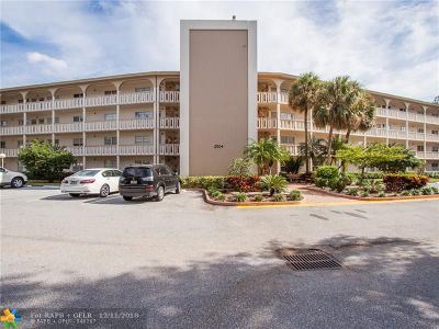 Coconut Creek Condo/Townhouse For Sale: 2504 Antigua Ter #H3