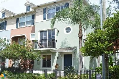 Delray Beach Condo/Townhouse For Sale: 11 NW 4th Ave #11