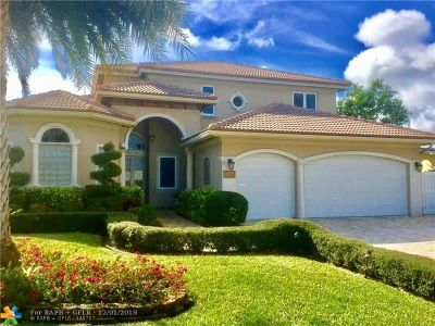Lauderdale By The Sea Single Family Home For Sale: 232 Oceanic Ave