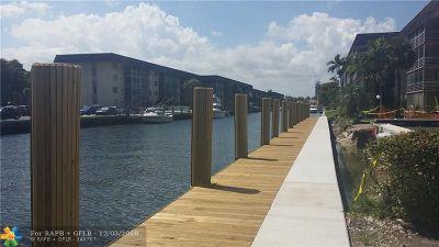 North Miami Beach Condo/Townhouse For Sale: 3860 NE 170th St #407