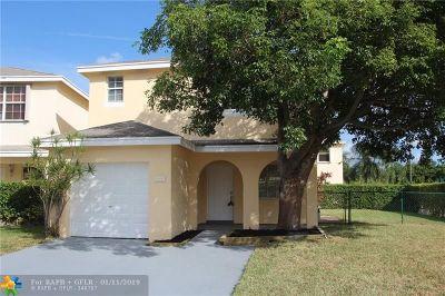 Deerfield Beach Single Family Home For Sale: 4100 Eastridge Cir