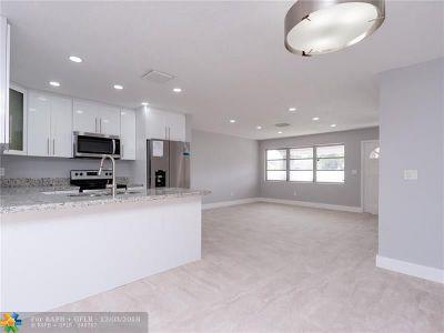 Oakland Park Single Family Home For Sale: 331 NE 42nd St