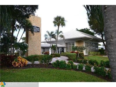 Pompano Beach Condo/Townhouse For Sale: 2851 E Golf Blvd #208