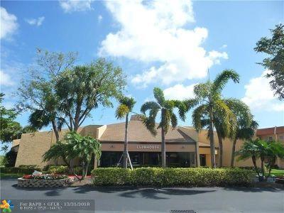 Margate Condo/Townhouse Backup Contract-Call LA: 6570 NE Royal Palm Blvd #103J