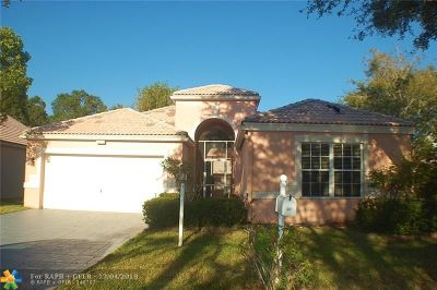 Coral Springs Single Family Home For Sale: 207 NW 116th Ter