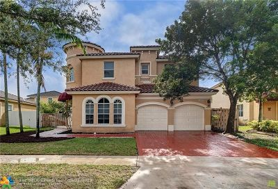 Miramar Single Family Home For Sale: 14070 SW 53rd St