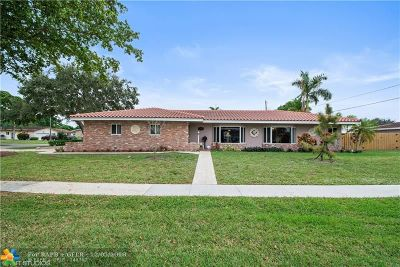 Plantation Single Family Home For Sale: 7400 NW 9th St