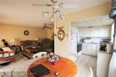 West Palm Beach Condo/Townhouse Backup Contract-Call LA: 322 Northampton P #322