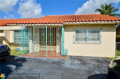 Miami Single Family Home For Sale: 9801 SW 6th St
