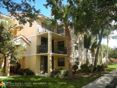 Plantation Condo/Townhouse For Sale: 10121 W Sunrise Blvd #206