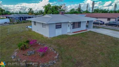 Pompano Beach Single Family Home For Sale: 1801 NW 1st Ter
