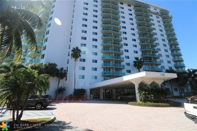 Sunny Isles Beach Condo/Townhouse For Sale: 19380 Collins Ave #1501