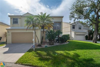 Plantation Single Family Home For Sale: 9302 NW 8th Cir