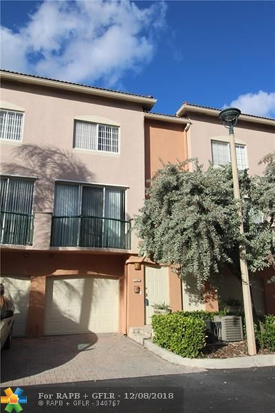 Fort Lauderdale Condo/Townhouse For Sale: 2107 SE 10th Ave #812
