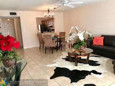 Margate Condo/Townhouse For Sale: 211 W Laurel Dr #1302