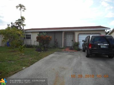 Pompano Beach Single Family Home For Sale: 1270 NW 49th Ct