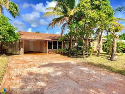 Pompano Beach Single Family Home For Sale: 701 NE 30th St