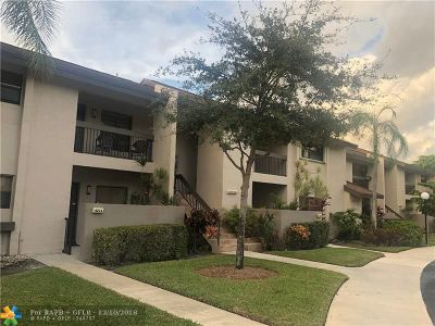 Coconut Creek Condo/Townhouse For Sale: 4211 NW 22nd St #118L