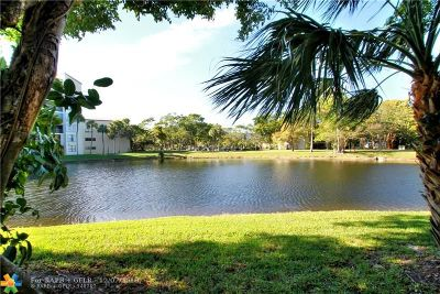 Pompano Beach FL Condo/Townhouse For Sale: $124,500