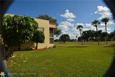 Delray Beach Condo/Townhouse For Sale: 244 Normandy F #244