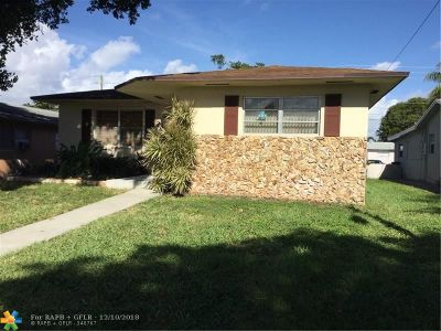Dania Beach Single Family Home For Sale: 214 SE 6th St