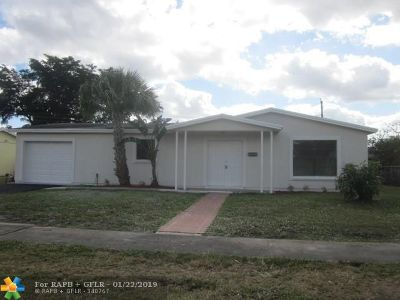 Sunrise Single Family Home For Sale: 6240 NW 17th Ct