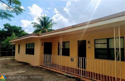 Broward County Multi Family Home For Sale: 612 NW 16th St
