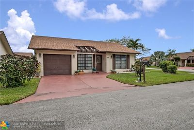 Deerfield Beach Single Family Home For Sale: 1586 SW 21st Ter