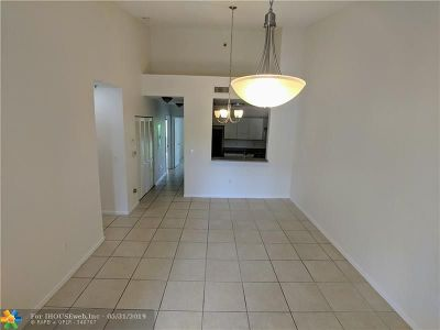 Coral Springs Condo/Townhouse For Sale: 2901 Riverside Dr #307