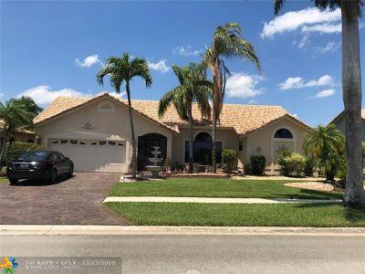 Boca Raton Single Family Home For Sale: 10165 Canoe Brook Cir