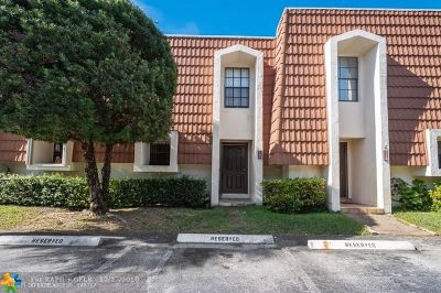 Plantation Condo/Townhouse For Sale: 107 NW 115th Ter #107