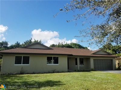 Plantation Single Family Home For Sale: 661 SW 60th Ave
