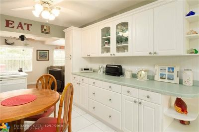 Tamarac Single Family Home For Sale: 3014 NW 46th St
