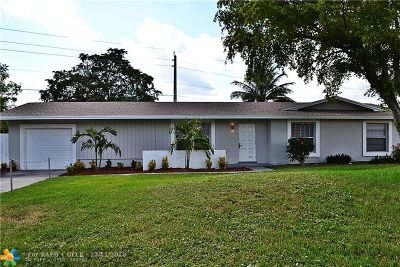 Lauderhill Single Family Home For Sale: 7920 NW 44th Ct