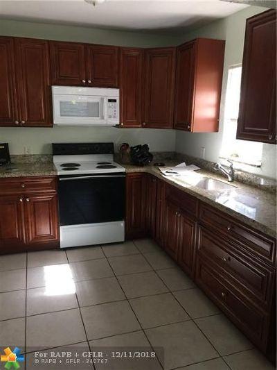Hollywood Single Family Home For Sale: 2114 Plunkett St