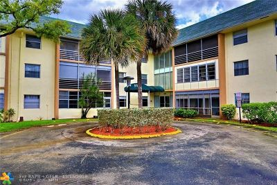 Tamarac Single Family Home For Sale: 5180 E Sabal Palm Blvd, Unit #330
