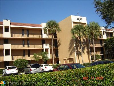Margate Condo/Townhouse For Sale: 6224 Coral Lake Dr #212