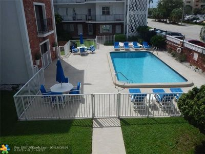 Fort Lauderdale FL Condo/Townhouse For Sale: $180,000