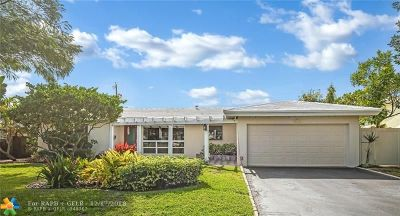 Pompano Beach Single Family Home For Sale: 2520 SE 4th St