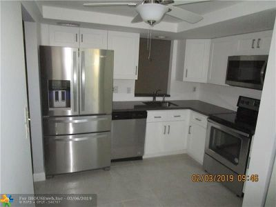 Margate Condo/Townhouse For Sale: 1700 NW 80th Ave #107
