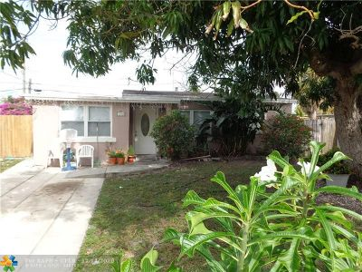 Pompano Beach Single Family Home For Sale: 1317 NE 25th St