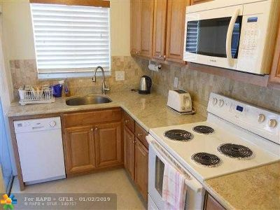 Broward County, Collier County, Lee County, Palm Beach County Rental For Rent: 2100 NE 38th St #218